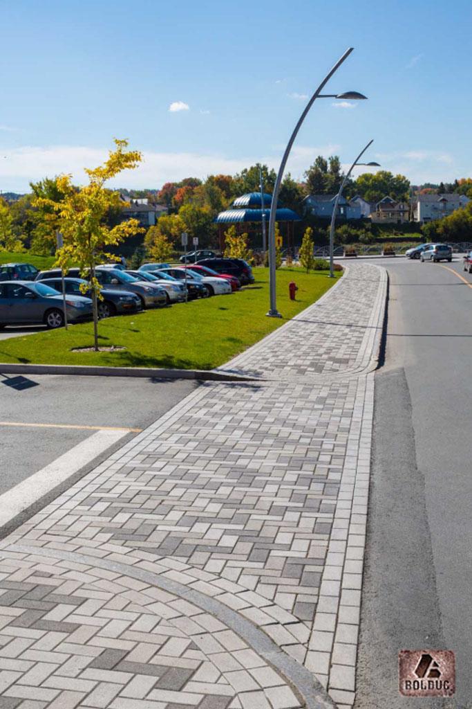 Promenade commerciale Redmond-Saint-Georges Bolduc